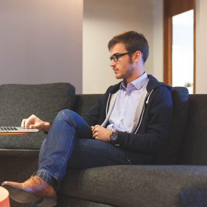 Entrepreneurs: Making Your Small Business Look Bigger